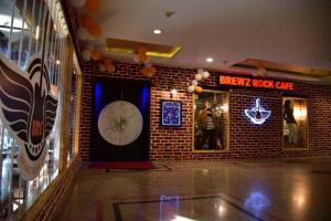 Brewz Rock Cafe Celebration Mall (2)